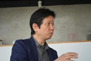 ART OSAKA実行委員:加藤義夫(加藤義夫芸術計室)